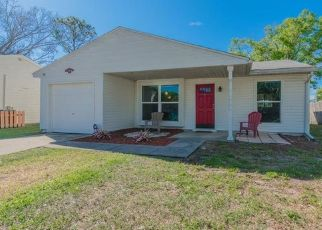 Pre Foreclosure in Palm Harbor 34684 PEBBLE CT - Property ID: 1705728879