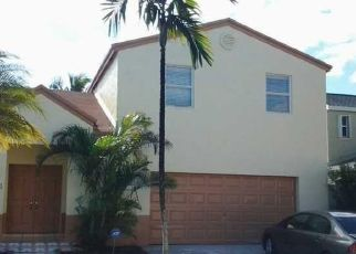 Pre Foreclosure in Homestead 33032 SW 272ND TER - Property ID: 1705730625