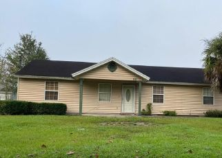 Pre Foreclosure in Jacksonville 32254 SEMINOLE AVE - Property ID: 1705983329
