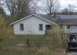 Pre Foreclosure in Elkhart 46517 MORGAN ST - Property ID: 1706119997