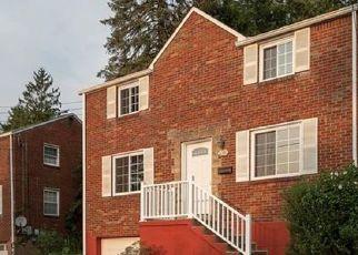 Pre Foreclosure in Verona 15147 VERONA RD - Property ID: 1706287286