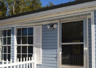 Pre Foreclosure in Bronson 32621 MARSHBURN DR - Property ID: 1706299551