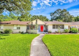 Pre Foreclosure in Houston 77061 ALANWOOD ST - Property ID: 1706487888