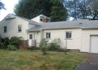 Pre Foreclosure in Rochester 14625 HARWOOD CIR - Property ID: 1706532103
