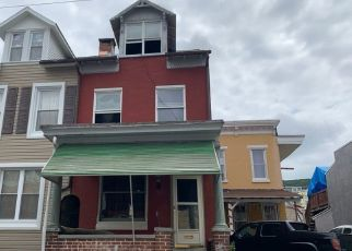 Pre Foreclosure in Reading 19604 MULBERRY ST - Property ID: 1706841325