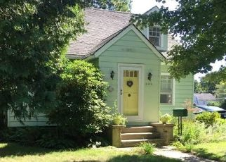 Pre Foreclosure in Oakville 06779 DAVIS ST - Property ID: 1707101483