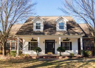 Pre Foreclosure in Lake Charles 70611 TAN TARA CIR - Property ID: 1707223683