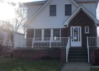 Pre Foreclosure in Lincoln Park 48146 GREGORY AVE - Property ID: 1707537259