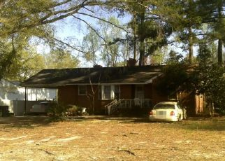 Pre Foreclosure in Zebulon 27597 E LEE ST - Property ID: 1707574492