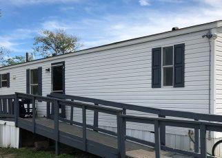 Pre Foreclosure in Schulenburg 78956 SAINT JOHN RD - Property ID: 1707629680