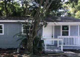 Pre Foreclosure in Apopka 32703 W 10TH ST - Property ID: 1707830262