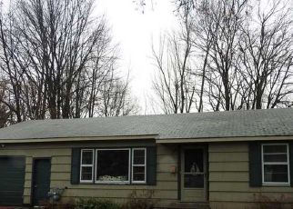 Pre Foreclosure in Syracuse 13212 WELLS AVE W - Property ID: 1708244596