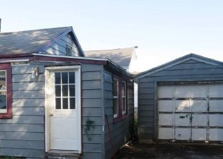 Pre Foreclosure in Syracuse 13211 PLYMOUTH AVE - Property ID: 1708296266