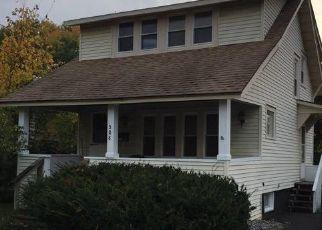 Pre Foreclosure in Syracuse 13208 ROXFORD RD N - Property ID: 1708301983