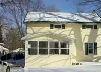 Pre Foreclosure in Eaton Rapids 48827 WEST ST - Property ID: 1708364601