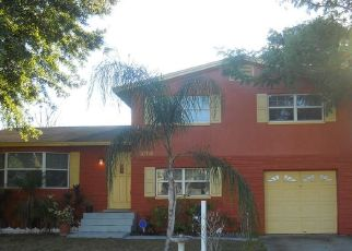 Pre Foreclosure in Tampa 33615 DONBRESE AVE - Property ID: 1708447824