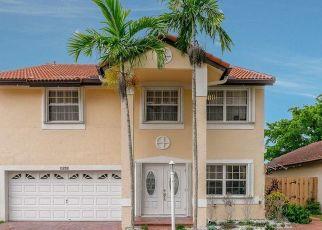 Pre Foreclosure in Miami 33196 SW 151ST PL - Property ID: 1708540219