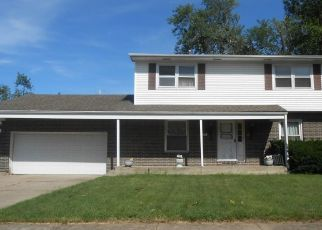 Pre Foreclosure in Gary 46406 GERRY ST - Property ID: 1708633515