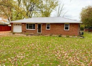 Pre Foreclosure in Columbus 47201 W NORTHGATE DR - Property ID: 1708654987