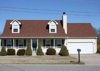 Pre Foreclosure in Radcliff 40160 BYERLY BLVD - Property ID: 1708664164