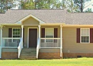 Pre Foreclosure in Russellville 35653 MOUNTAIN BROOK RD - Property ID: 1708981713