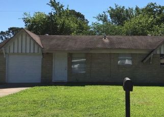Pre Foreclosure in Channelview 77530 GREYSTONE ST - Property ID: 1709265966