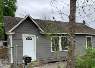 Pre Foreclosure in Houston 77020 BOYLES ST - Property ID: 1709268577