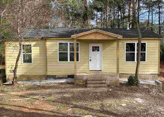 Pre Foreclosure in Decatur 30032 REDAN RD - Property ID: 1709429311