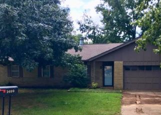 Pre Foreclosure in Cushing 74023 VALLEY CREEK CIR - Property ID: 1709810348