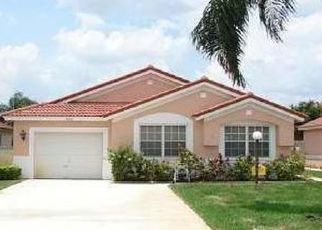 Pre Foreclosure in Opa Locka 33055 NW 54TH AVE - Property ID: 1710135777