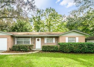 Pre Foreclosure in Jacksonville 32217 LISA DR E - Property ID: 1710282938