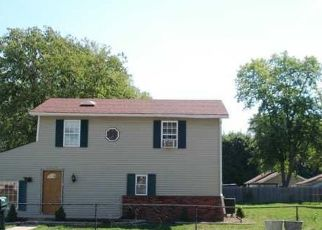 Pre Foreclosure in Indianapolis 46221 FOLTZ ST - Property ID: 1710300442