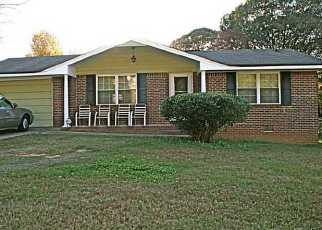 Pre Foreclosure in Douglasville 30135 CENTRAL CHURCH RD - Property ID: 1710418251