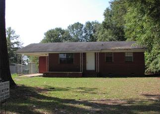 Pre Foreclosure in Marianna 32448 HILLCREST ST - Property ID: 1710619735