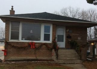Pre Foreclosure in Chicago Heights 60411 E JOE ORR RD - Property ID: 1710956982