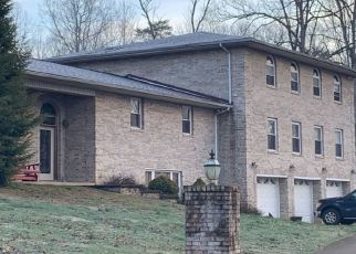 Pre Foreclosure in Ona 25545 RIVER PARK DR - Property ID: 1711100625