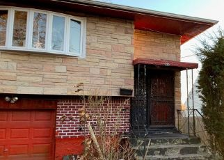 Pre Foreclosure in Huntington Station 11746 W 11TH ST - Property ID: 1711153619