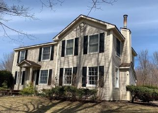 Pre Foreclosure in Syracuse 13215 BUSSEY RD - Property ID: 1711194343