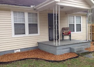 Pre Foreclosure in Chattanooga 37411 SHALLOWFORD RD - Property ID: 1711314797