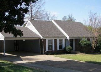 Pre Foreclosure in Memphis 38118 CURZON AVE - Property ID: 1711322228