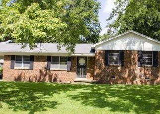 Pre Foreclosure in Memphis 38128 VOLTAIRE AVE - Property ID: 1711348971