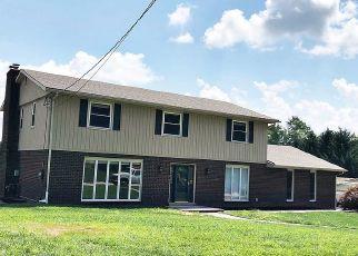 Pre Foreclosure in York 17403 DANDRIDGE DR - Property ID: 1711485607