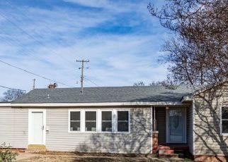 Pre Foreclosure in Durant 74701 W UNIVERSITY BLVD - Property ID: 1711647656