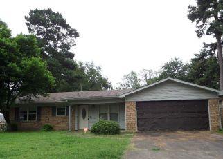 Pre Foreclosure in Texarkana 75501 E GREENFIELD DR - Property ID: 1711656407