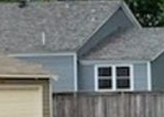 Pre Foreclosure in Memphis 38104 CROSSTOWN CT - Property ID: 1711794367