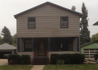 Pre Foreclosure in Sioux Falls 57104 S DAKOTA AVE - Property ID: 1712184612