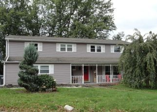 Pre Foreclosure in Erie 16509 GARDNER DR - Property ID: 1712400981