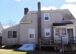 Pre Foreclosure in Waterbury 06704 GREENWOOD AVE - Property ID: 1712477168