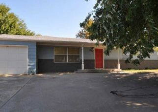 Pre Foreclosure in Woodward 73801 22ND ST - Property ID: 1712558641