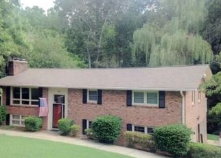 Pre Foreclosure in Hickory 28601 LAKEMONT PARK RD - Property ID: 1712640542